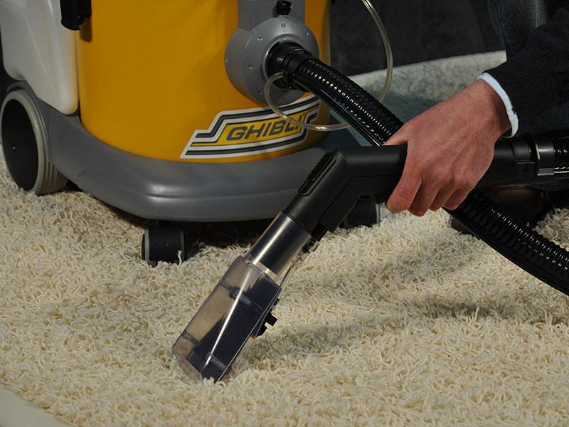 Come lavare i tappeti in lavatrice pulizia del tappeto - Lavare tappeti in lavatrice ...